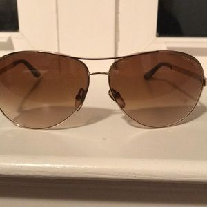 c6fb36456400 Fabulous Tom Ford aviator sunglasses 🕶
